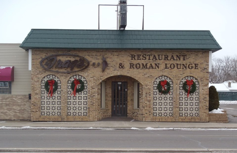 Drag's Restaurant and Roman Lounge